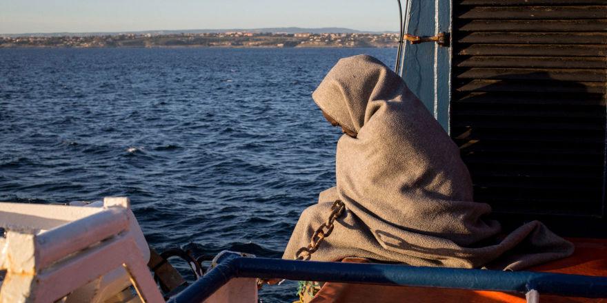 Yunan Bakan: Türkiye sığınmacılar için AB'den yardım istiyorsa şantaja son vermeli