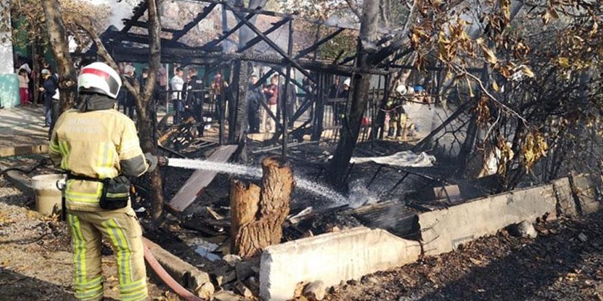 5 yaşındaki çocuk kömürlük yangınında öldü