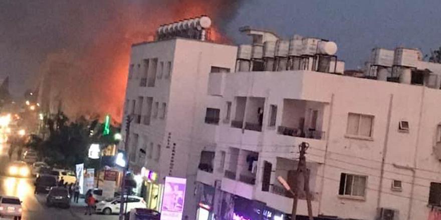 Mağusa'da büyük yangın