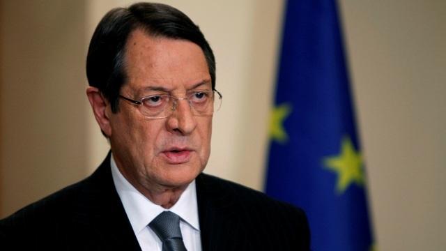 Anastasiadis, Fransa eski Başbakanı Laurent Fabius ile bir araya geldi