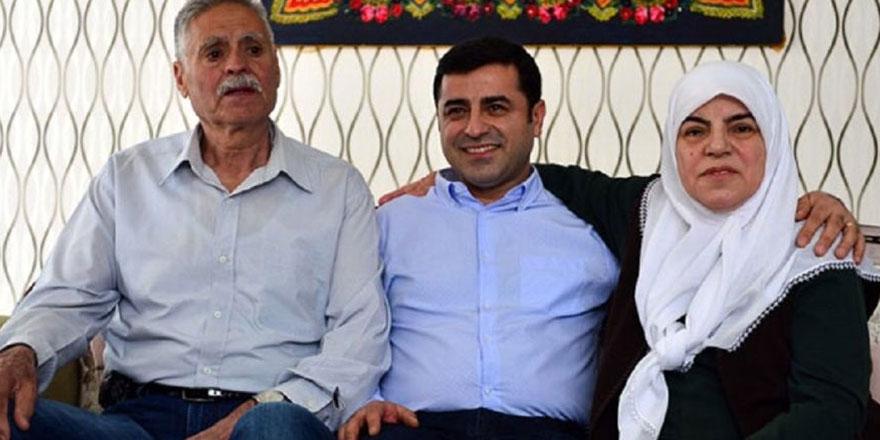 Demirtaş'ın anne ve babası trafik kazası geçirdi