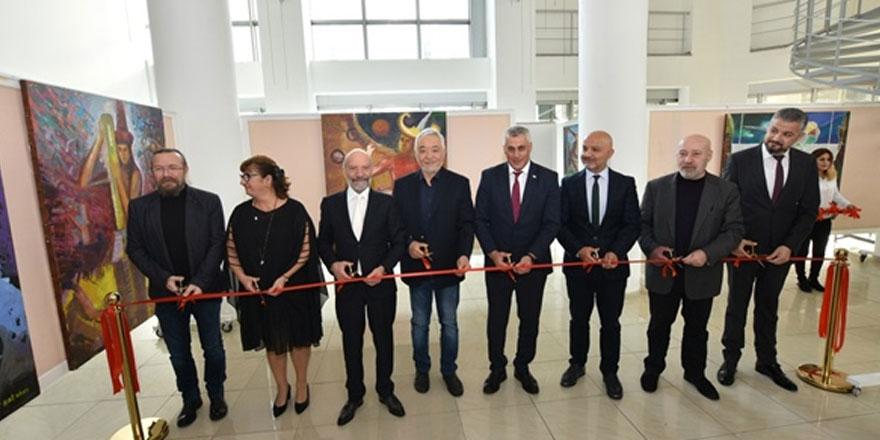 YDÜ'de 3 kişisel resim sergisi daha açıldı