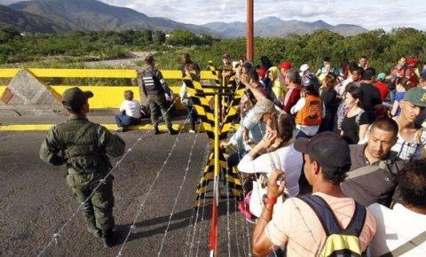 Kolombiya'da 65 bin kişi yerinden edildi