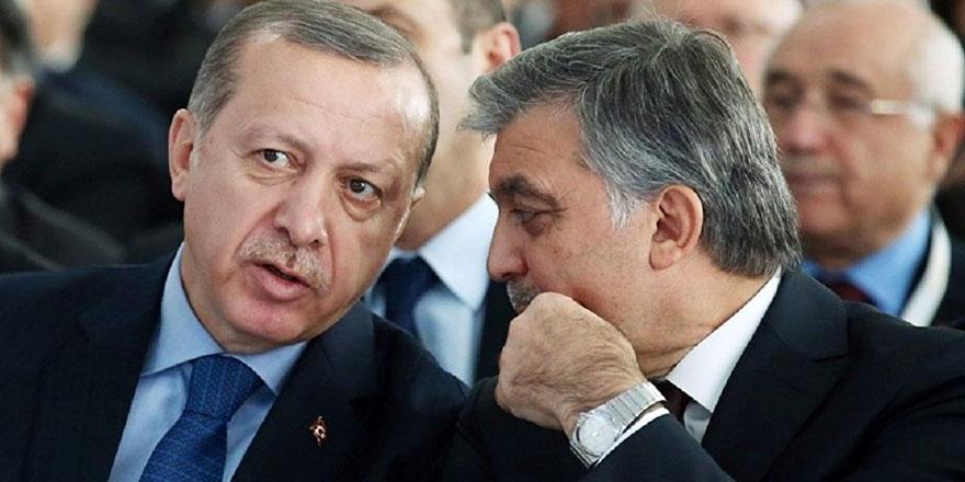 """Erdoğan'a ve Gül'e """"örgüt kurma"""" suçlaması"""