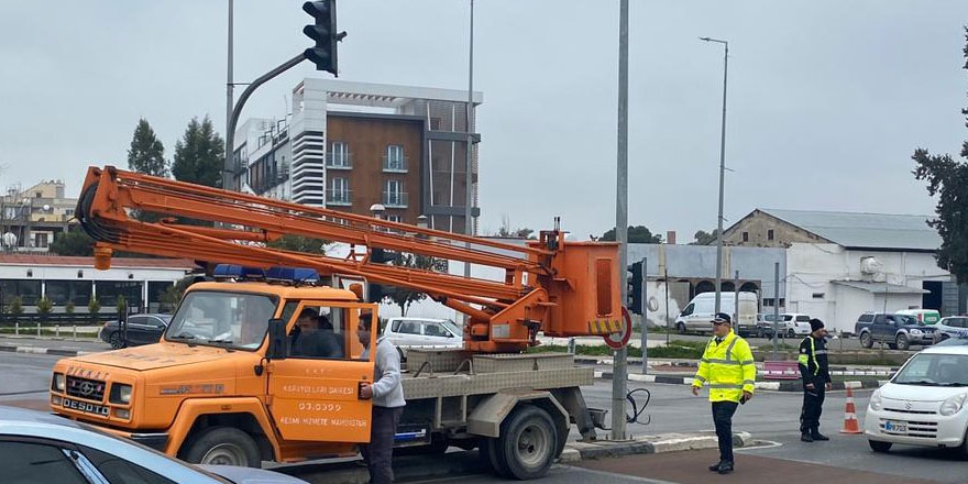 Başbakanlık trafik ışıklarında akıllı kavşak sistemine geçiliyor