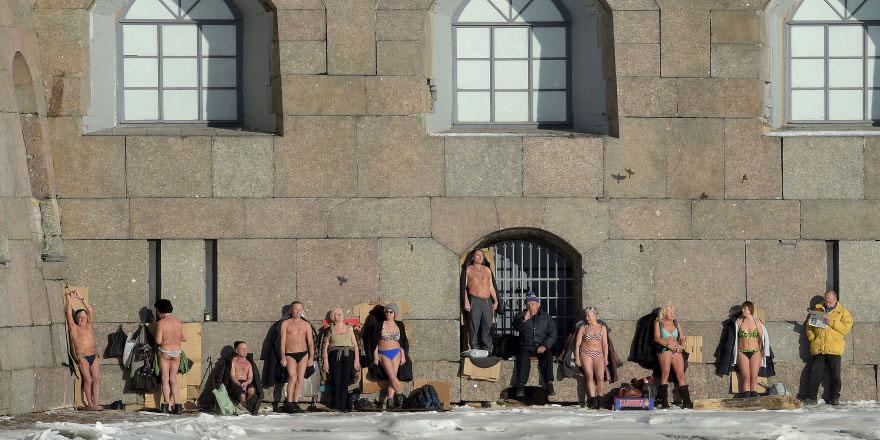 Rusya'da kış gelmiyor, hayvanlar kış uykularından erken uyanıyor