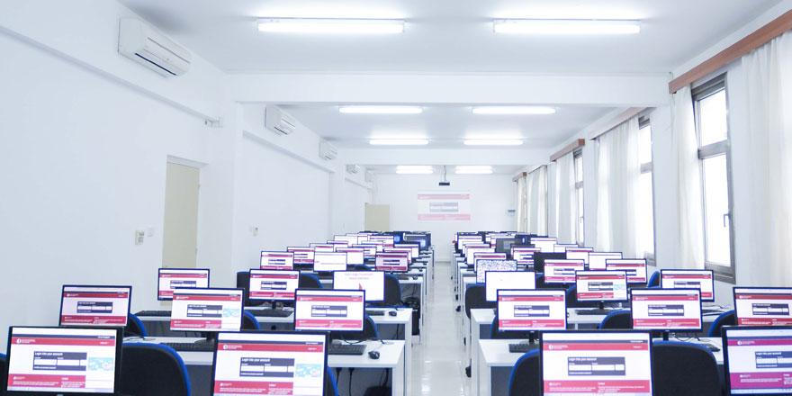 Yakın Doğu Üniversitesi ile Yakın Doğu Koleji Uzaktan (Online) Eğitim Sistemine Geçiyor…