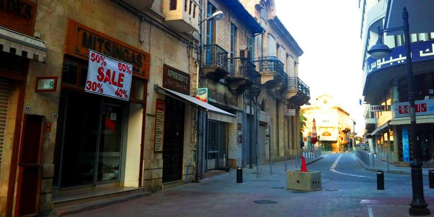 Limasol ve Baf'ta sokağa çıkma yasağı ilan edildi