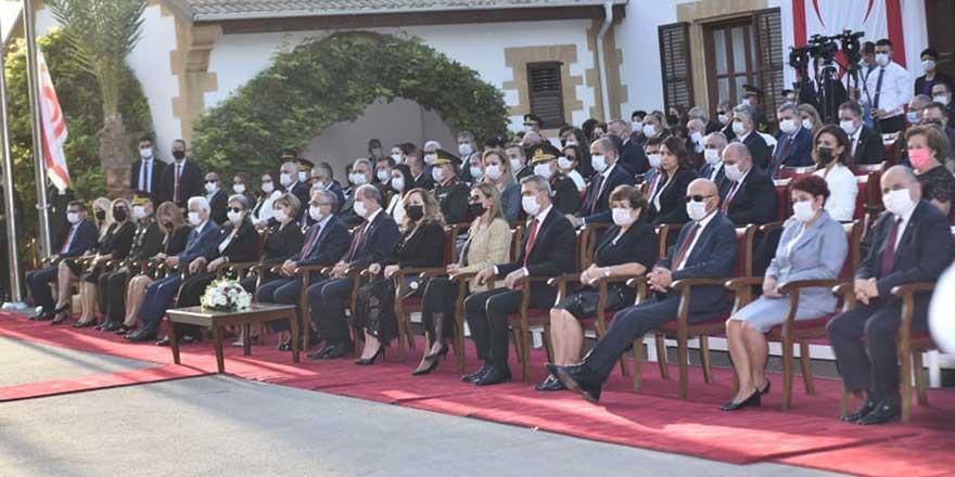 Ersin Tatar, görevi 4. Cumhurbaşkanı Mustafa Akıncı'dan devraldı