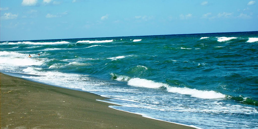 Denizde kaybolan 3 kişi bulundu