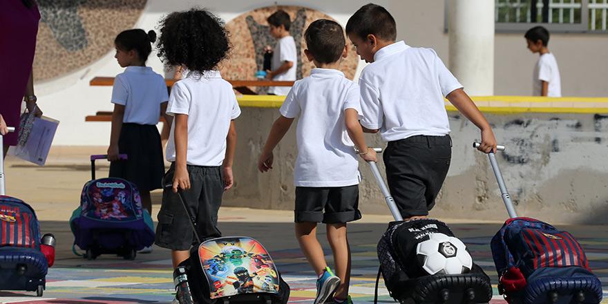 9 Eylül İlkokulu'nda 1 öğrenci Covid-19 testi pozitif çıktı