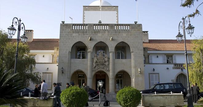 Başkanlık sarayında vaka sayısı 3'e yükseldi