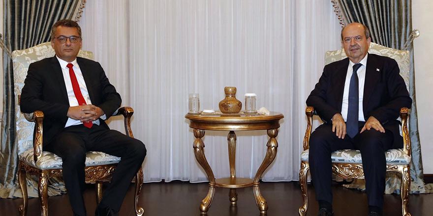 Tatar, hükümeti kurma görevini Erhürman'a verecek
