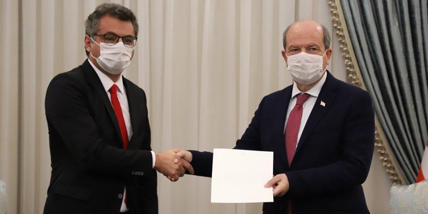Hükümeti kurma görevi Erhürman'da