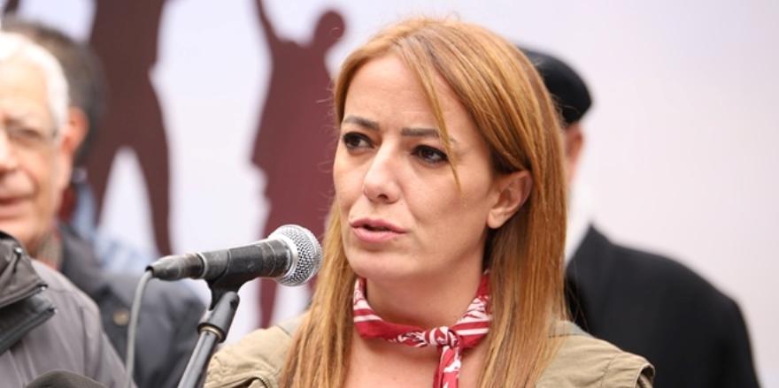 Gazeteci Ayşemden Akın hakkında Türkiye'de soruşturma açıldı