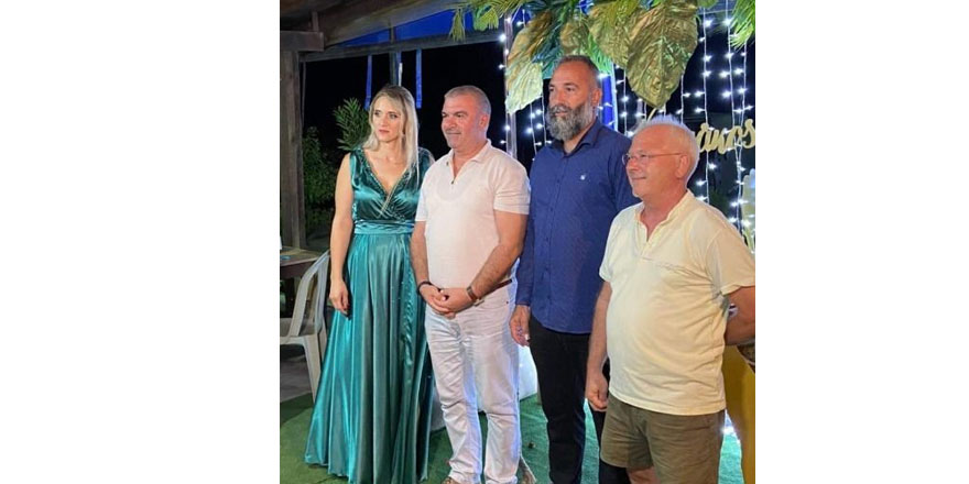 Başkan Coşkun Rum ailenin vaftiz töreninde