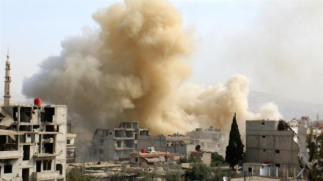 İdlib'de cezaevi vuruldu DEAŞ'lılar firar etti