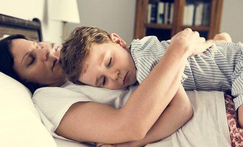 'Çocuğum hep benimle uyumak istiyor'