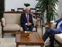 Maliye Bakanı Denktaş, KKTC Alevi Kültür Merkezi Heyetini kabul etti