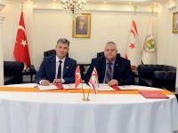 Sivil Savunma Teşkilatı Başkanlığı ile Kıbrıs Vakıflar İdaresi arasında işbirliği protokolu imzalandı